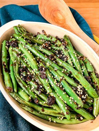 sesame green beans in a baking dish