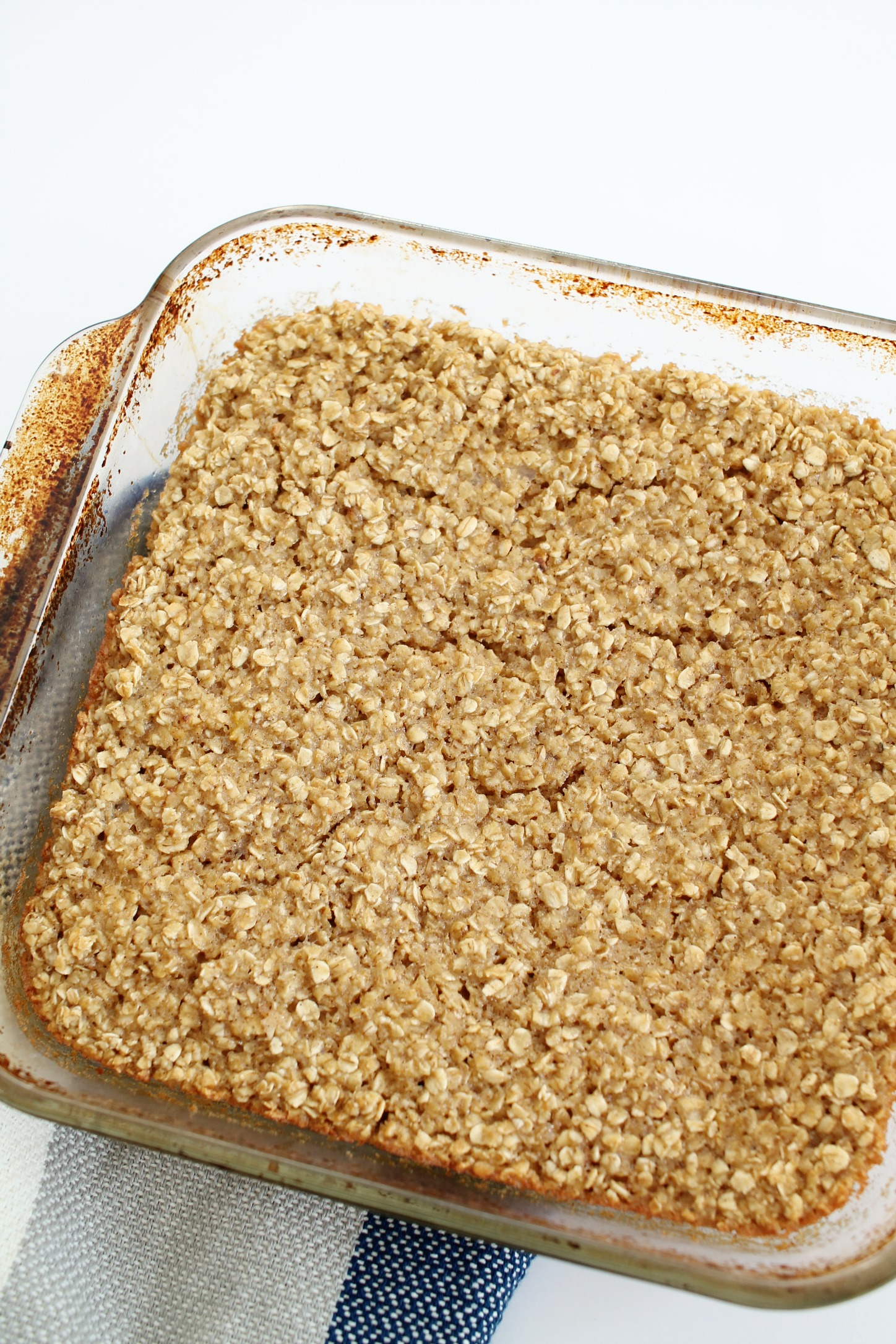 glass pan with baked oatmeal